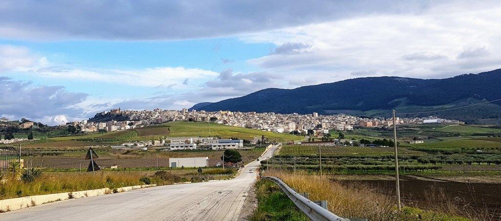 view driving up to Sambuca Italy